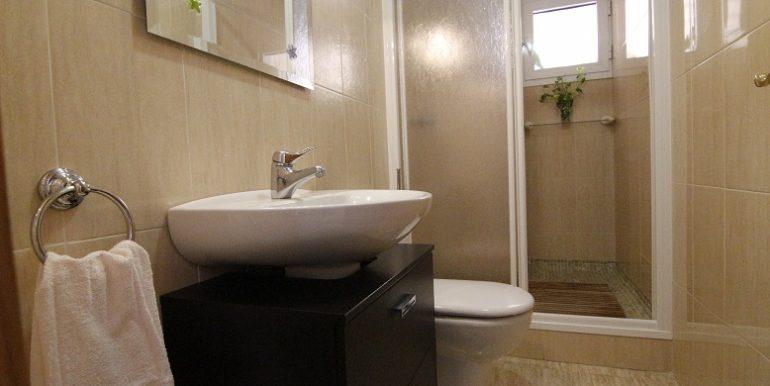 Baño planta baja A