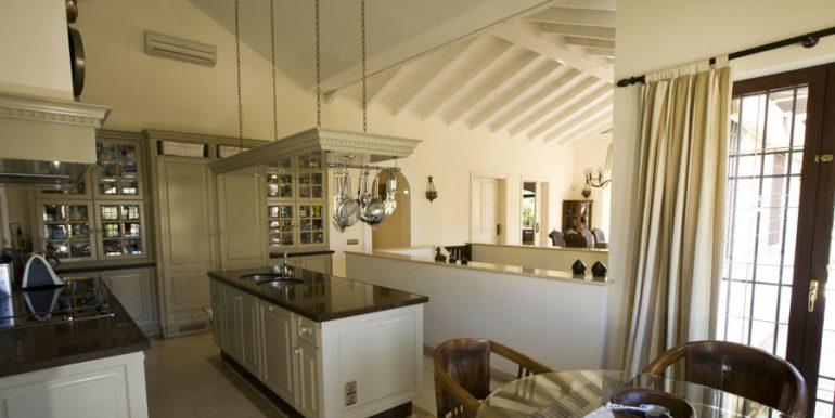 cocina_1_casa_lujo_benalmadena_costa_del_sol